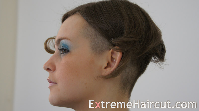 curly asymmetrical hairstyle (2)